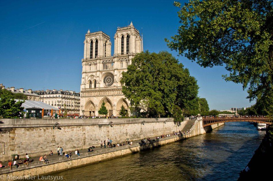 Notre-Dame facade